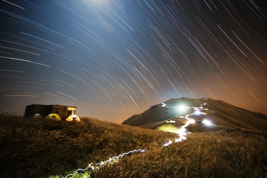 Sunset Peak Star Trail by Chap Him Wong (Hong Kong)