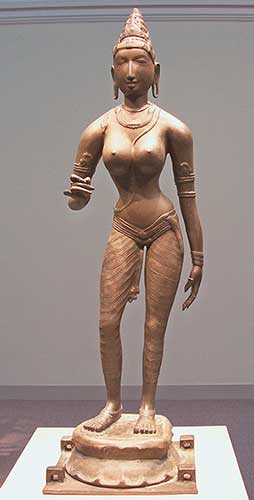 Parvati: By Thiago Santos (Queen Sembiyan Mahadevi as the Goddess Parvati) [CC BY-SA 2.0], via Wikimedia Commons.