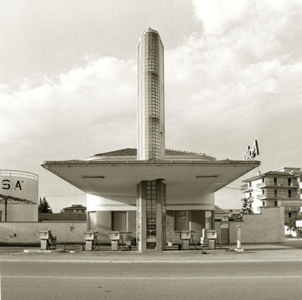 Distributore Agip, C.so Milano, Verona, 1983