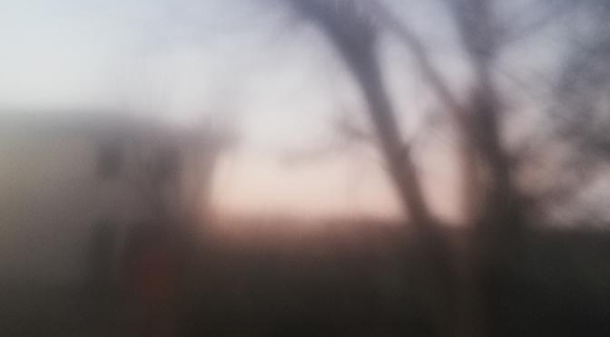 Nebbia e ricordi | Racconto di Monica Vallese